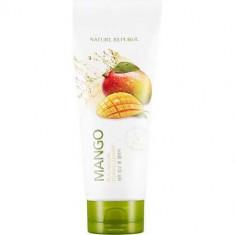 Пенка для умывания с экстрактом манго Real Nature Mango Foam Cleanser NATURE REPUBLIC